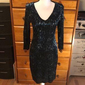 Karen Kane lined velvet dress size small